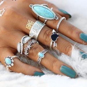 8 Piece Vintage Style Ring Set